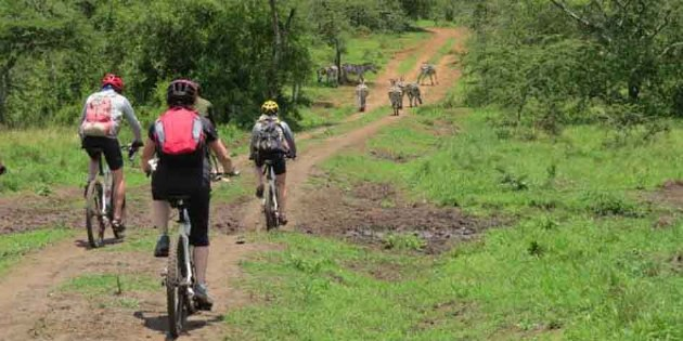 Radreise Uganda