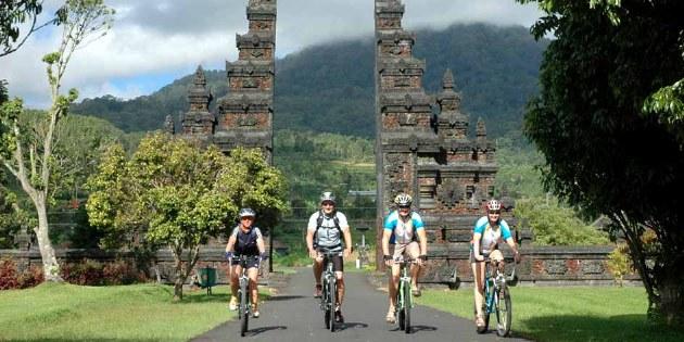 MTB-Tour Bali & Java